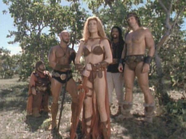 Women Wearing Revealing Warrior Outfits - Page 5 Actorsangelicabridgesgconan05